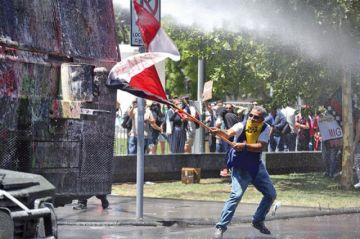 Policía chilena se enfrenta al descrédito