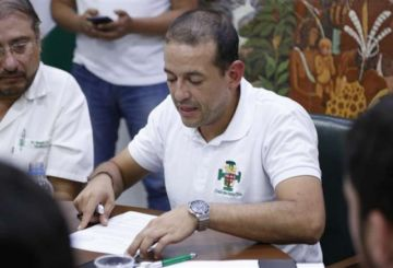 Camacho dimite al Comité Cívico pro Santa Cruz para ser candidato