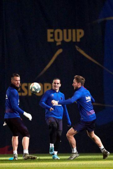 """Barza y Atlético se miden en el """"Metropolitano"""""""
