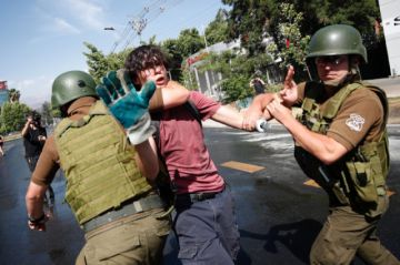 Protesta intentó llegar a la casa de Piñera en su cumpleaños