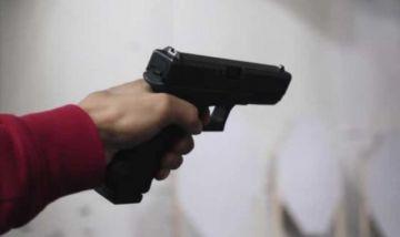 Policía mata a su esposa e hijo y se suicida