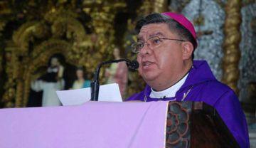 """Iglesia: """"basta de enfrentarnos (...) que mucho daño nos hemos hecho"""""""