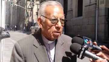 """Cardenal está alegre por regreso de la Biblia a Palacio: """"con Evo no entraba"""""""