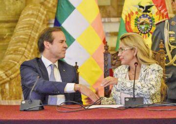 Áñez nombra al expresidente Quiroga delegado internacional
