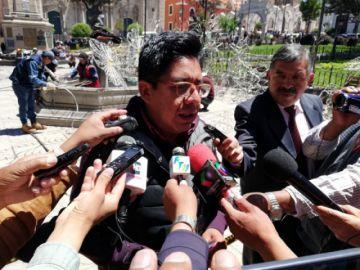 Alcalde envía a análisis la denuncia de corrupción