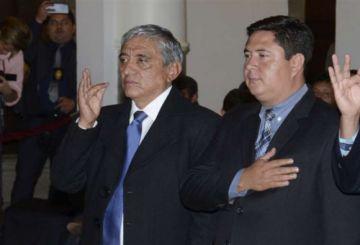 Un analista político y un abogado completan el gabinete de Jeanine Áñez