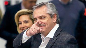 """Fernández pronostica """"persecución"""" a Macri"""