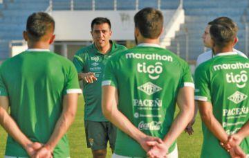"César Farías: ""entrenaremos donde  se necesite entrenar"""