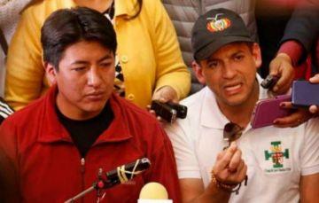 Camacho anuncia que va como candidato a la Presidencia sin Pumari como acompañante