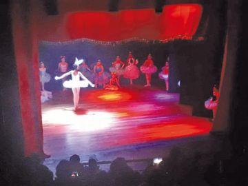 """Studio de Danza """"Beatriz Alba"""" demuestra enseñanza"""