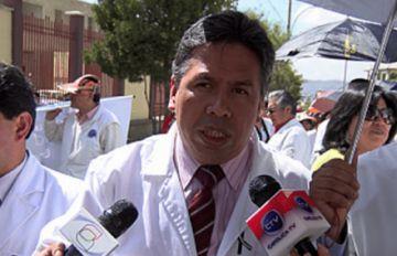 Larrea: Gobierno de Evo Morales menospreció al médico boliviano