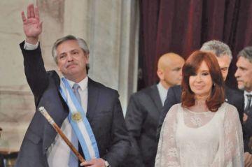 Fernández pone énfasis en grave crisis económica