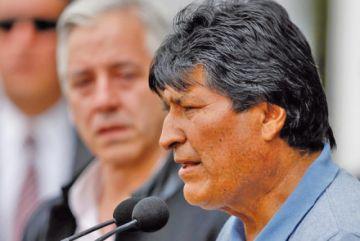 Evo pasó de presidente de Bolivia a jefe de campaña en un mes