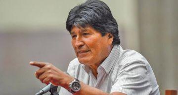 Tras denuncia contra Evo Morales en La Haya, el MAS le da su respaldo