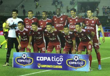 Cruceños se aferran a lograr su pase a la Sudamericana