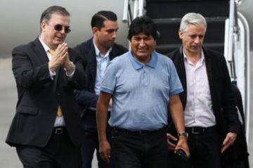 Revelan que Morales regresó a México en un avión venezolano