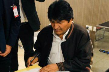 Evo Morales no podrá hacer declaraciones políticas en Argentina