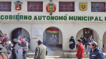 No descartan bloquear caminos por renuncia del alcalde de Puna