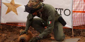 Evacúan a miles en una ciudad italiana por bomba de II Guerra Mundial