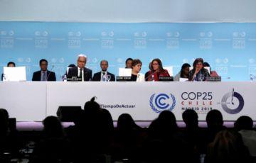 Cumbre del clima demanda más ambición pero no logra metas