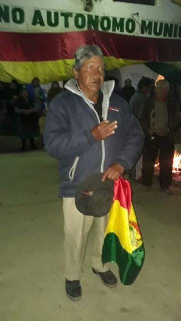 Cívicos de Puna demandan la renuncia del alcalde Florencio Huanaco Villca