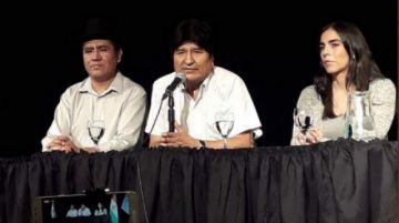 Evo dice que entrará a Bolivia a hacer campaña por el MAS