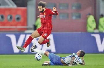 Liverpool vence con angustia al Monterrey