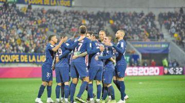 PSG golea y se clasifica a los cuartos de final