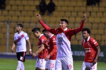 Nacional cae y pone en riesgo la Libertadores