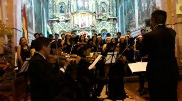 Ofrecen concierto navideño en el templo de San Martín