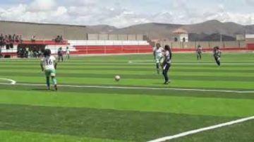 Potosí y Tarija se juegan la vida en el fútbol femenino