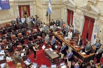 Argentina: Corre ley de solidaridad para frenar crisis