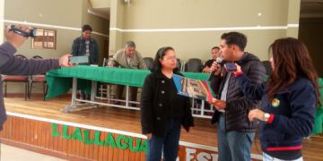 Gobernación entregó licencias de funcionamiento a hospedaje en Llallagua