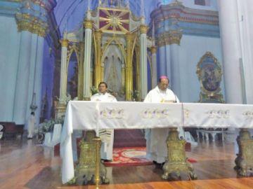 Obispo pide una democracia sin más privilegios