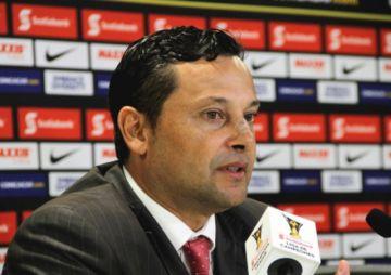Jeaustin Campos es el nuevo técnico de Nacional Potosí