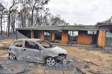Piden la evacuación de miles en Australia por los incendios
