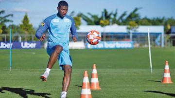 Cruzeiro compra el 50 % de derechos de Luis Manuel Orejuela