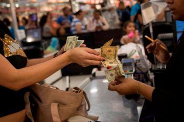 El dólar se dispara en el mercado venezolano