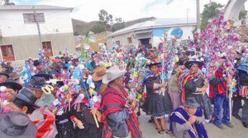Autoridades originarias juran a cargos en medio de tradiciones