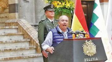 Piden investigar a varios políticos españoles por caso encapuchados