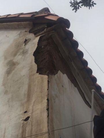 Reportan daños por la humedad en el templo de San Pedro