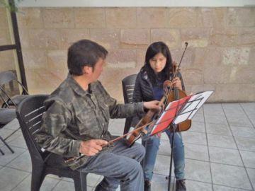 Reciben inscritos en la Filarmónica del municipio