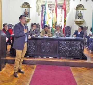Gobierno acompañará obras de construcción del aeropuerto potosino