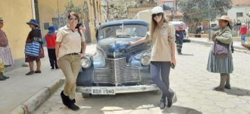 Raid de autos  antiguos pasó por las minas de Porco