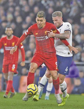 Liverpool vence a Tottenham Hotspur en su casa
