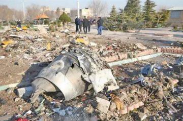 Irán admite que derrivó por error avión y desata reacciones