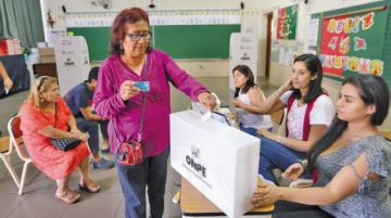 Minorías y mujeres en el foco de observadores electorales de la UE en Perú