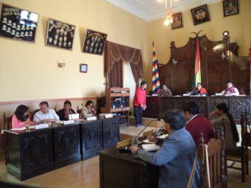 Convocan para hoy a sesión preparatoria en el Concejo para elección de directiva