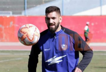 Blooming ficha a Gustavo Fernández