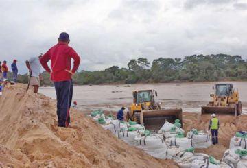 Lluvias causan crecidas de ríos y perjuicios en las rutas de Santa Cruz